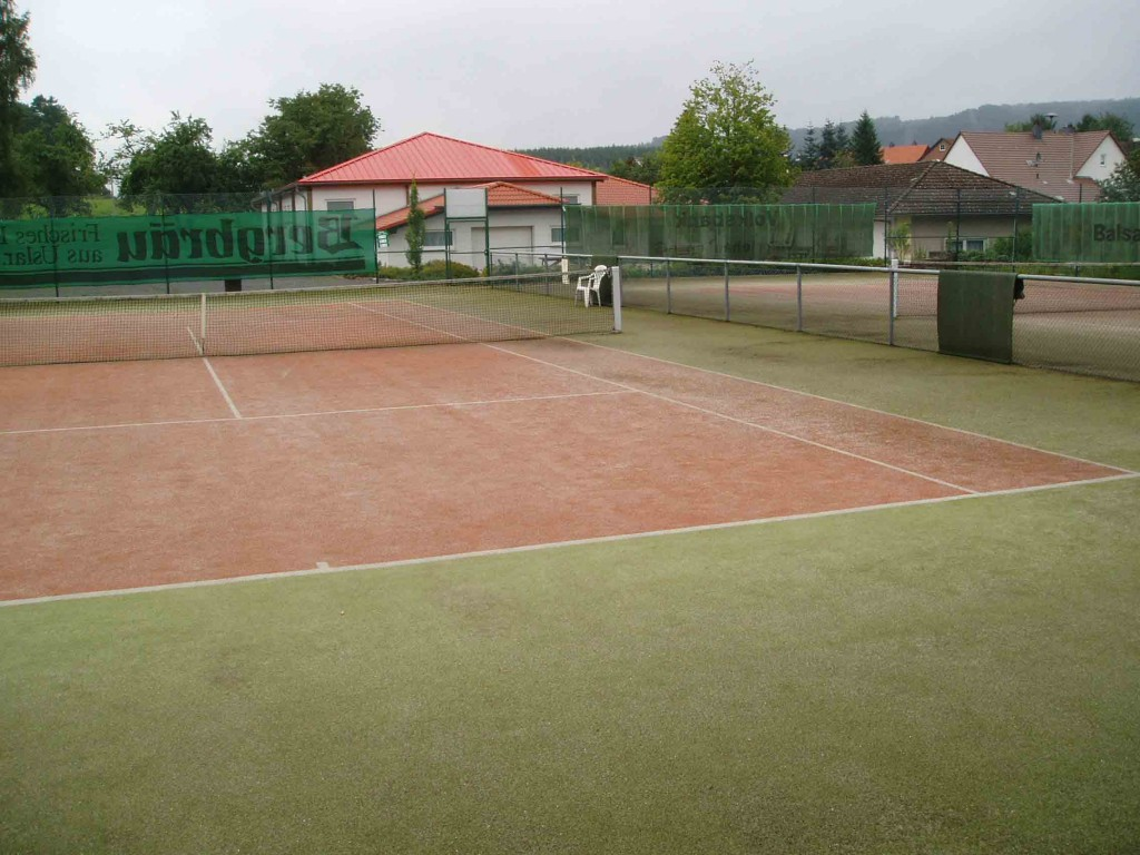 Tennisplaetze-Richtung-Spor